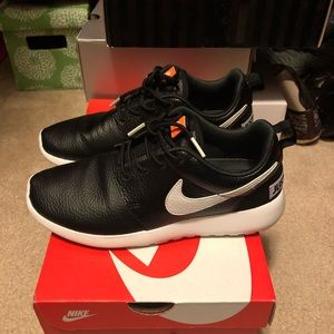 Great condition Nike roshe one